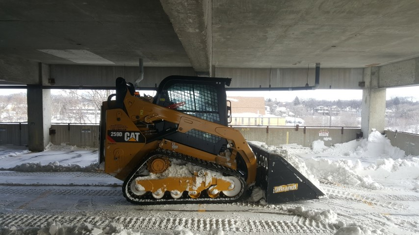 commercial-snow-removal-winnipeg (2)